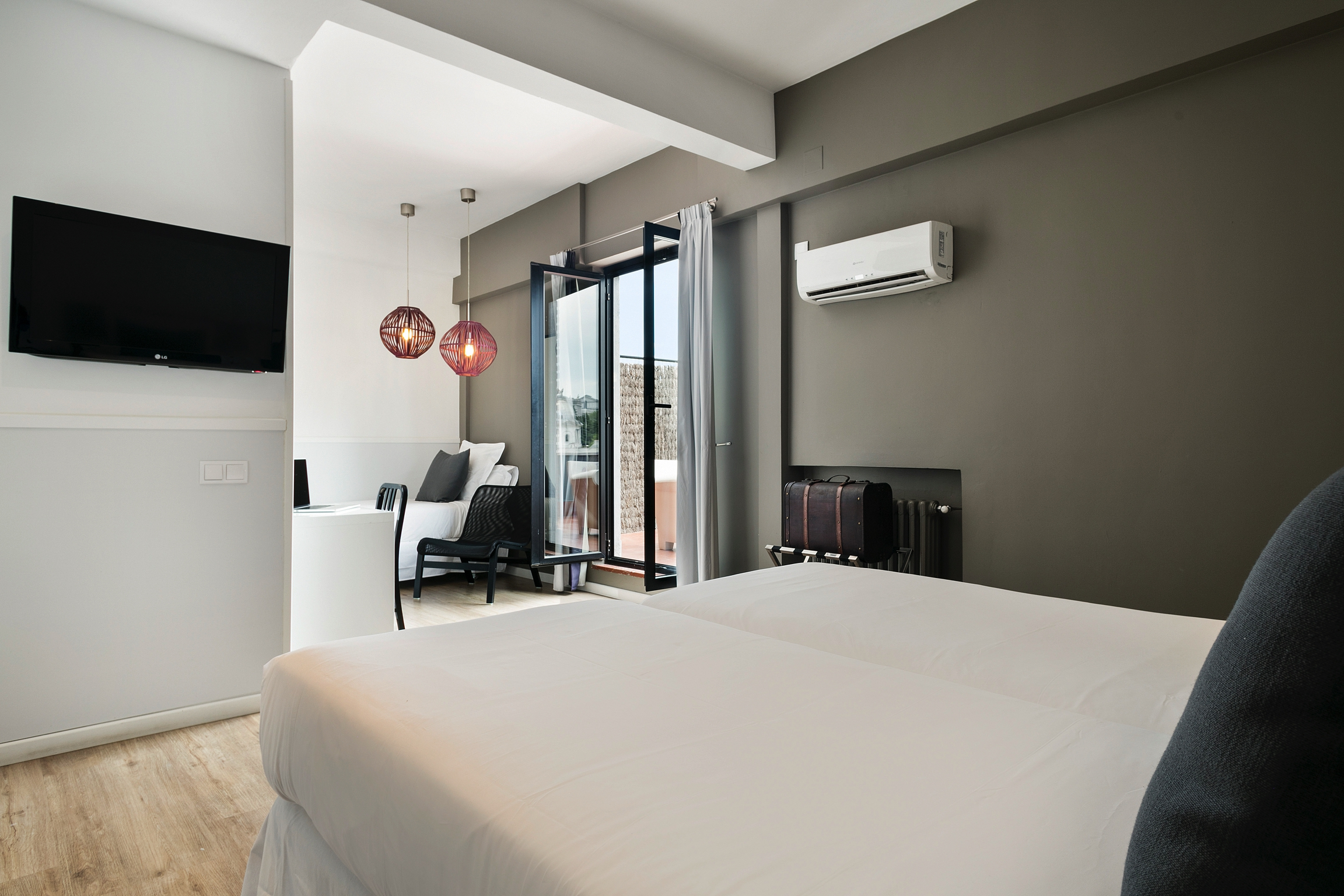 HOTEL_MADFOR_TRIPLE_TERRAZA_03