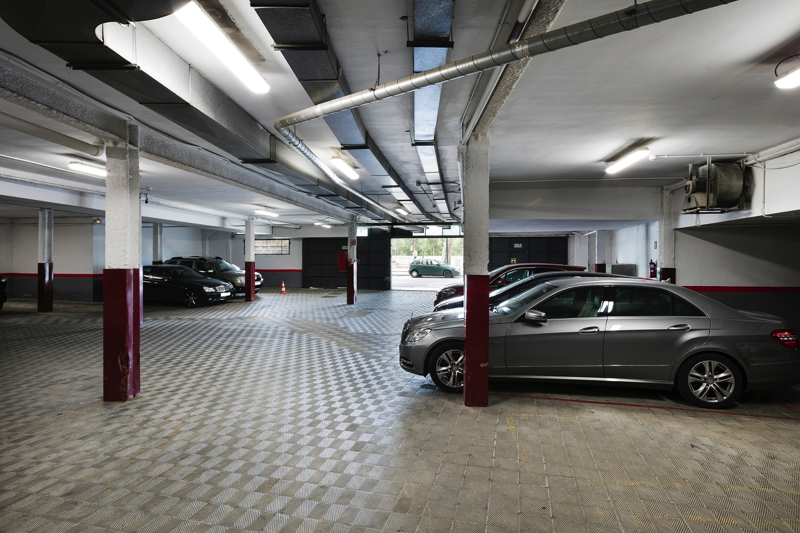 HOTEL_MADFOR_PARKING